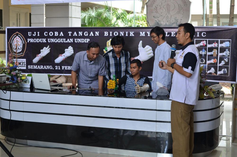Undip Kembangkan Tangan Bionik dan Mobil Listrik